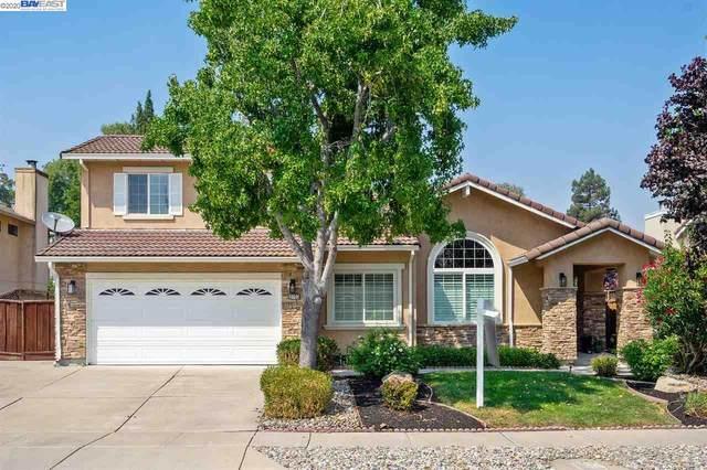 3731 Fairlands Dr, Pleasanton, CA 94588 (#40917286) :: Armario Venema Homes Real Estate Team