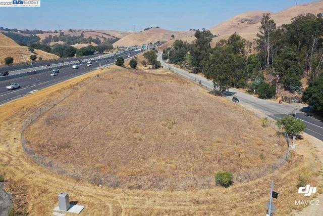 42155 Vargas Rd, Fremont, CA 94539 (#40919616) :: Blue Line Property Group
