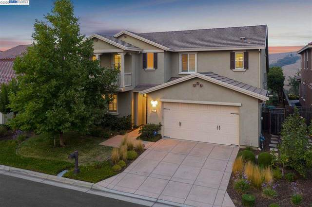 72 Benmore, Hayward, CA 94542 (#40920946) :: Blue Line Property Group