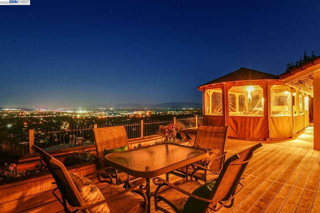 8123 Brittany Dr, Dublin, CA 94568 (#40921575) :: Realty World Property Network