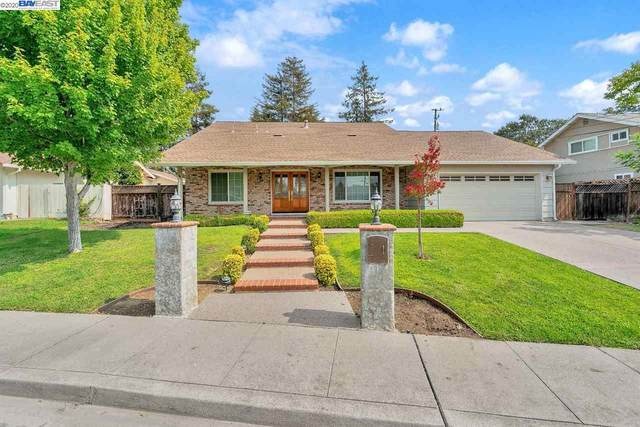 916 Dartmouth, Concord, CA 94518 (#40922199) :: Blue Line Property Group
