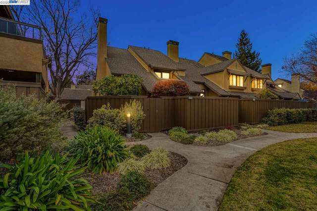 1830 Ashmeade Ct, San Jose, CA 95125 (#40932052) :: The Grubb Company