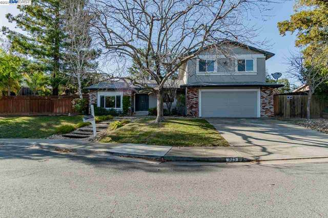 325 Roundhill Ct, Clayton, CA 94517 (MLS #40935143) :: 3 Step Realty Group