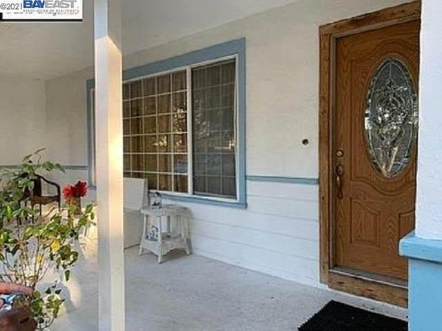 1826 Virginia Ave, Novato, CA 94945 (#40936506) :: The Lucas Group