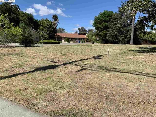 000 Sun Valley Ct, Saratoga, CA 95070 (#40938809) :: Excel Fine Homes