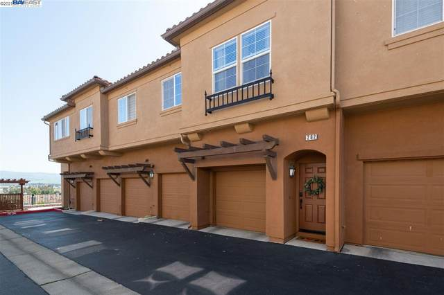 60 Meritage Cmn #202, Livermore, CA 94551 (#40942375) :: Armario Homes Real Estate Team