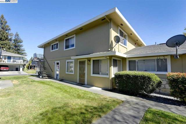 2626 Coffey Ln, Santa Rosa, CA 95403 (#40945005) :: The Venema Homes Team