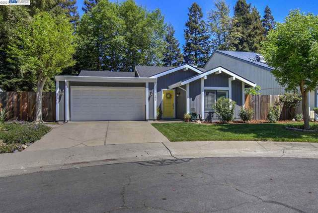 7101 Rob River Way, Sacramento, CA 95831 (#40946596) :: Armario Homes Real Estate Team