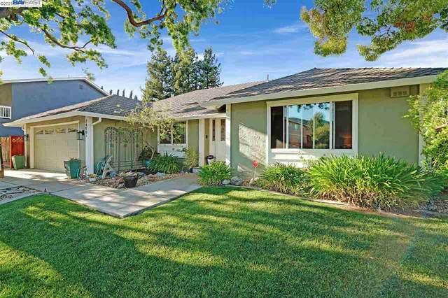 7499 Hillsdale Dr, Pleasanton, CA 94588 (#40946926) :: Blue Line Property Group