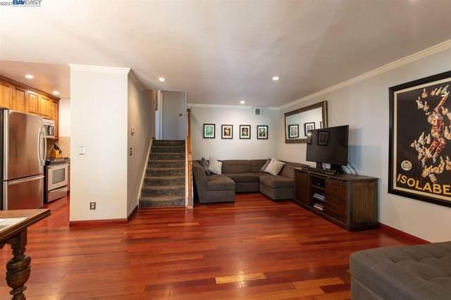 2700 Oak Rd #13, Walnut Creek, CA 94597 (#40949002) :: The Grubb Company