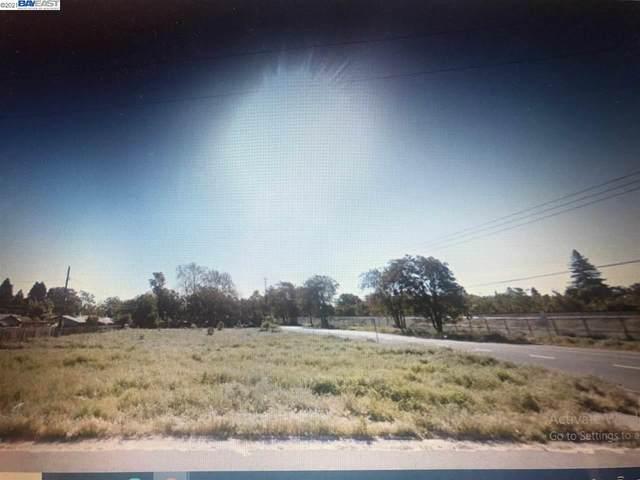656 Sacramento Ave, Sacramento, CA 95605 (#40952196) :: Blue Line Property Group
