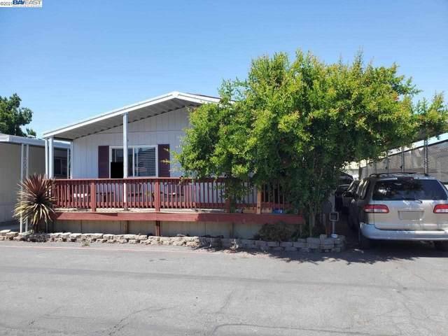 3637 Snell Ave #404, San Jose, CA 95136 (#40952229) :: MPT Property
