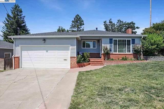 19305 Vaughn Ave, Castro Valley, CA 94546 (#40955284) :: The Grubb Company