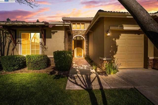 5012 Dodson Ln, Sacramento, CA 95835 (#40959895) :: Armario Homes Real Estate Team