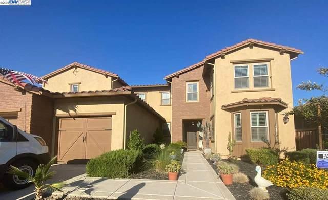 1426 Como Dr, Manteca, CA 95337 (#40960809) :: Realty World Property Network