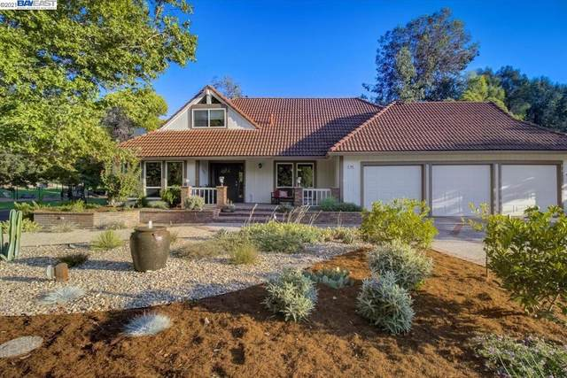 254 Scotts Mill Ct, Danville, CA 94526 (#40967624) :: The Venema Homes Team