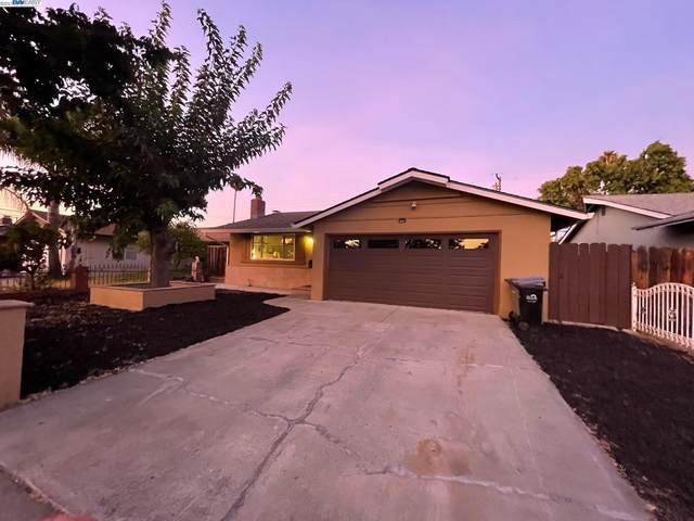 902 Mccreery Ave, San Jose, CA 95116 (#40968575) :: MPT Property