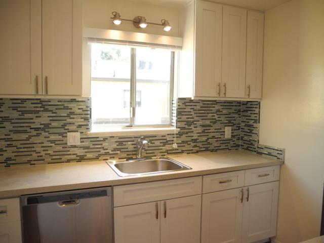 1060 Oak Grove Rd. Road #29, Concord, CA 94518 (#ML81753265) :: The Grubb Company