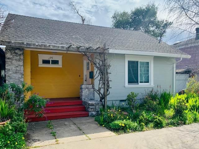 109 Escalona Drive, Santa Cruz, CA 95060 (#ML81788343) :: Armario Venema Homes Real Estate Team