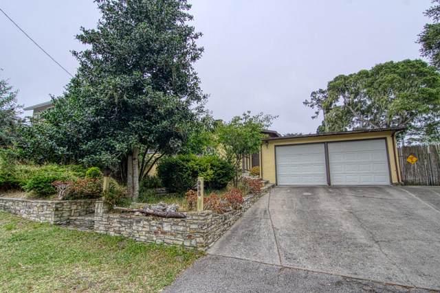 955 Walnut Street, Pacific Grove, CA 93950 (#ML81799507) :: Armario Venema Homes Real Estate Team