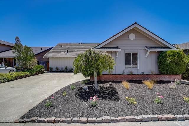 968 Flying Fish Street, Foster City, CA 94404 (#ML81800258) :: The Grubb Company