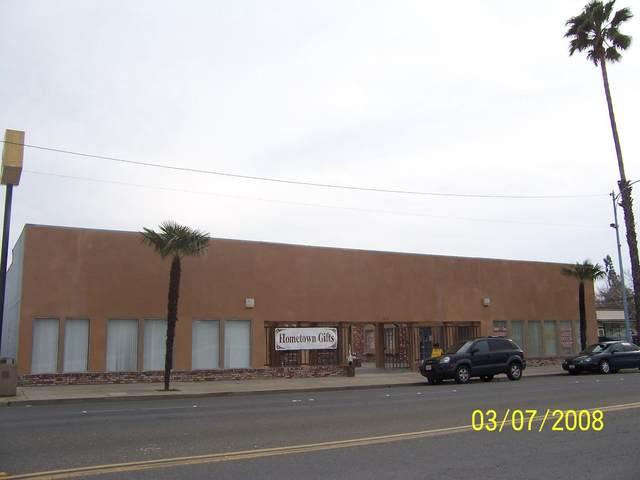 413 Robertson Boulevard, Chowchilla, CA 93610 (#ML81817454) :: RE/MAX Accord (DRE# 01491373)
