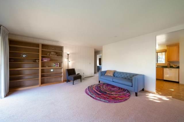 9500 Center Street #53, Carmel Valley, CA 93923 (#ML81820988) :: The Venema Homes Team