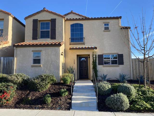 568 River Oaks Drive, PASO ROBLES, CA 93446 (MLS #ML81826121) :: 3 Step Realty Group
