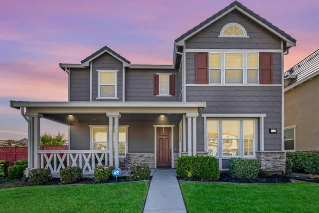 1252 S Shields Avenue, Mountain House, CA 95391 (#ML81839842) :: Armario Homes Real Estate Team