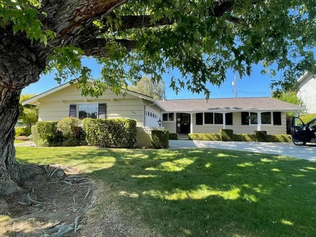 2817 Sycamore Way, Santa Clara, CA 95051 (#ML81844350) :: The Venema Homes Team