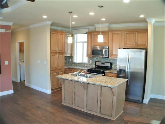 325 Sylvan Avenue #90, Mountain View, CA 94041 (#ML81846086) :: The Grubb Company