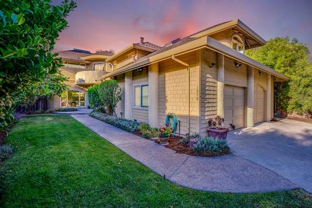 1570 49th Avenue, Capitola, CA 95010 (MLS #ML81848845) :: 3 Step Realty Group