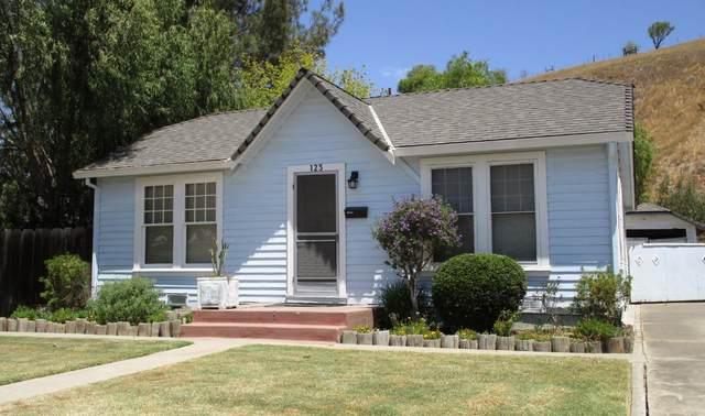 123 Locust Avenue, Hollister, CA 95023 (#ML81855619) :: Excel Fine Homes