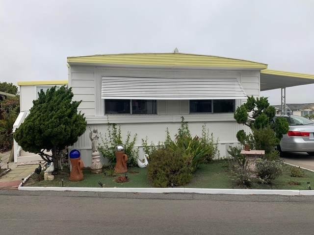 347 #56 Carmel Avenue #56, Marina, CA 93933 (#ML81856282) :: The Grubb Company