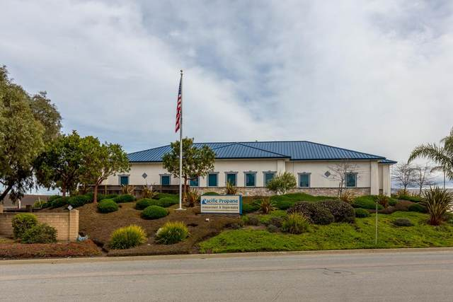 11520 Commercial Parkway, CASTROVILLE, CA 95012 (#ML81860620) :: The Grubb Company