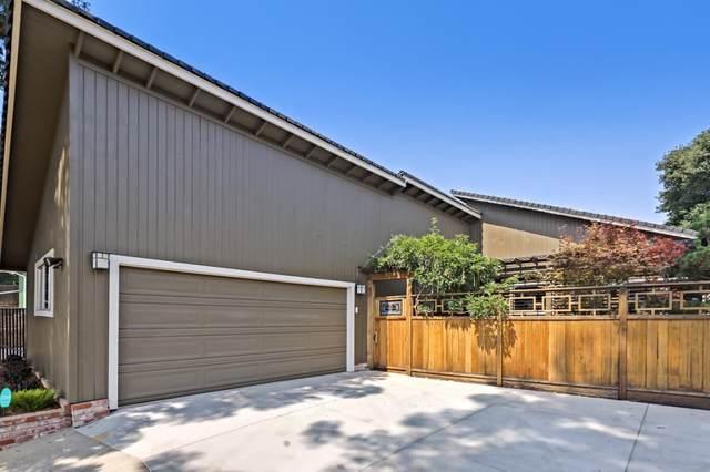 717 W California Way, Woodside, CA 94062 (#ML81861052) :: The Venema Homes Team