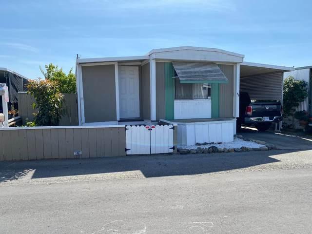 49 Blanca Lane #55, WATSONVILLE, CA 95076 (#ML81863966) :: Realty World Property Network