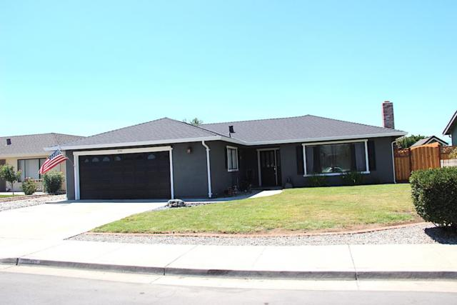 2040 Cerra Vista Drive, Hollister, CA 95023 (#ML81671813) :: Realty World Property Network