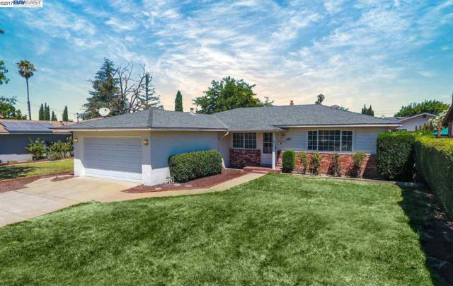 592 Sonoma Ave, Livermore, CA 94550 (#40790939) :: Realty World Property Network