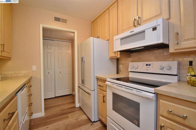 420 N Civic Dr #309, Walnut Creek, CA 94596 (#40827242) :: Armario Venema Homes Real Estate Team