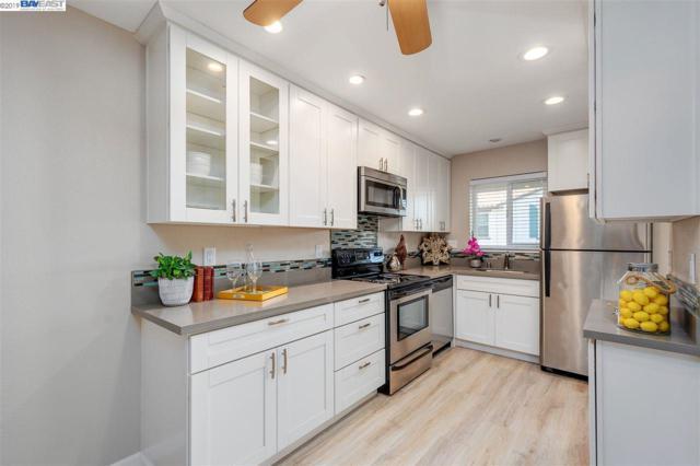 3847 Vineyard Ave A, Pleasanton, CA 94566 (#40851730) :: Armario Venema Homes Real Estate Team