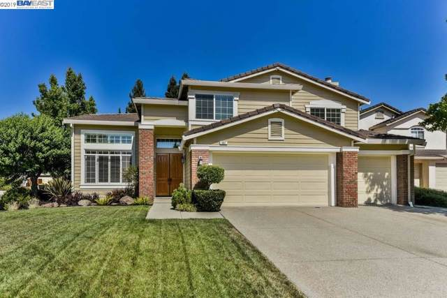 501 Summer Valley Ct, San Ramon, CA 94582 (MLS #40882211) :: The Del Real Group