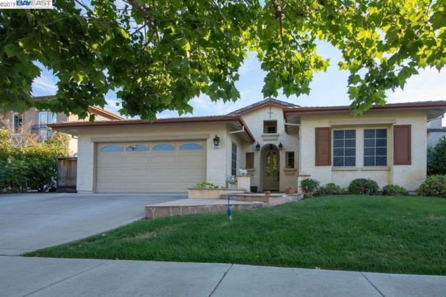 327 Foothill Dr, Brentwood, CA 94513 (#40870096) :: The Grubb Company