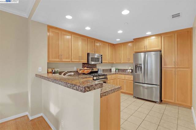 1926 Railroad Ave #102, Livermore, CA 94550 (#40892403) :: Realty World Property Network