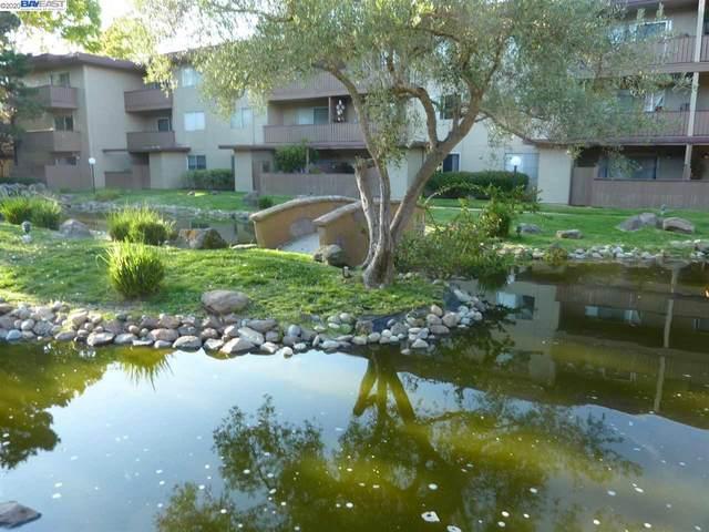 1311 Webster St E110, Alameda, CA 94501 (#40916973) :: The Grubb Company