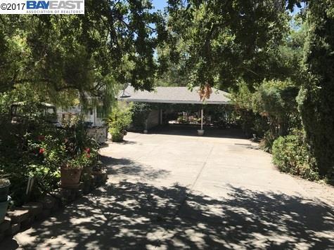 5007 Lambert Rd., Fairfield, CA 94534 (#40792861) :: Max Devries