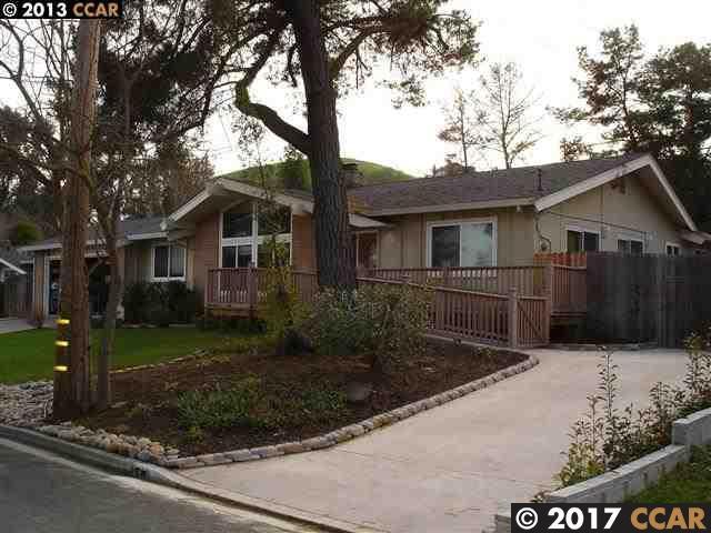 1825 Del Rio Drive, Lafayette, CA 94549 (#40803904) :: J. Rockcliff Realtors