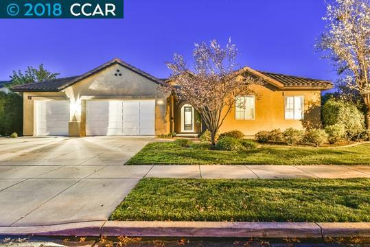 698 Old Oak Rd, Livermore, CA 94550 (#40814683) :: Realty World Property Network