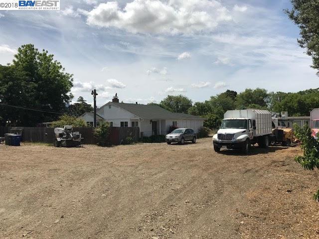3524 Clayton Rd, Concord, CA 94519 (#40834342) :: The Grubb Company