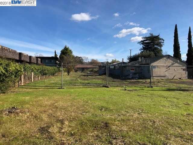 20226 Redwood Road, Castro Valley, CA 94546 (#40847000) :: Armario Venema Homes Real Estate Team